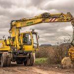 Pneu na nákladní vozy a stavební stroje: důležité aspekty