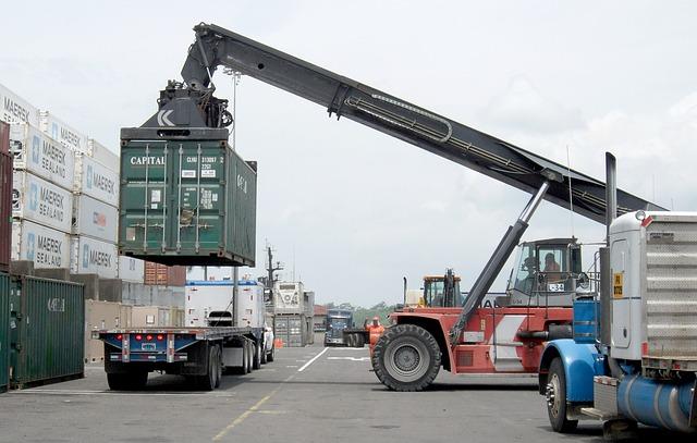 nákladní vozy