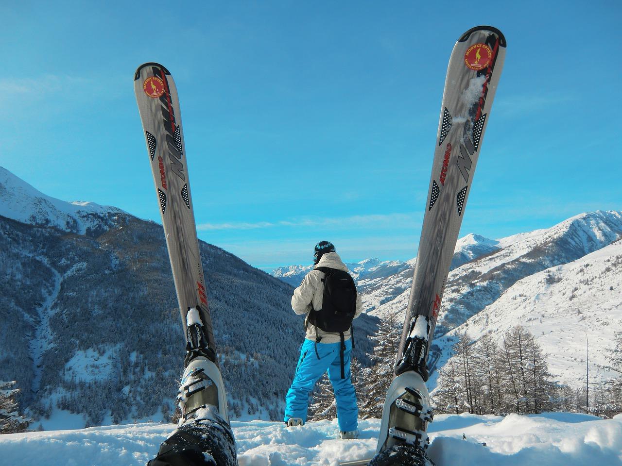 ski-588696_1280