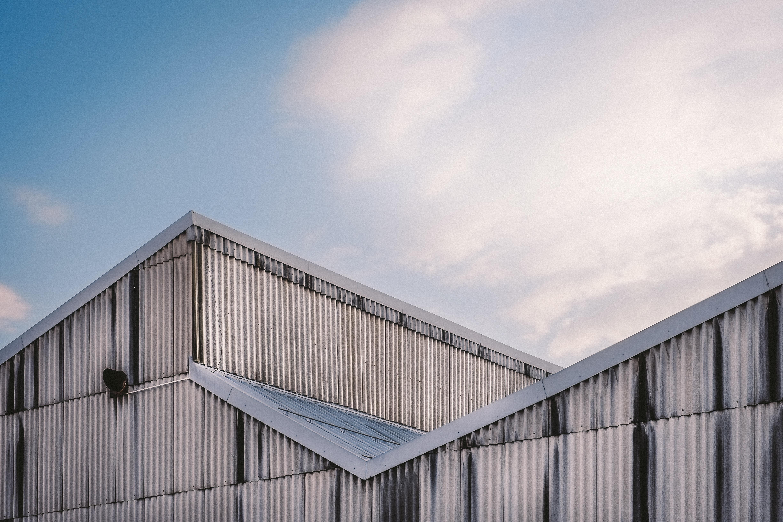 Kvalitní odhlučnění budovy – zákonná nutnost