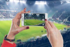 Jak chránit mobil před poškozením? Pomůže tvrzené sklo