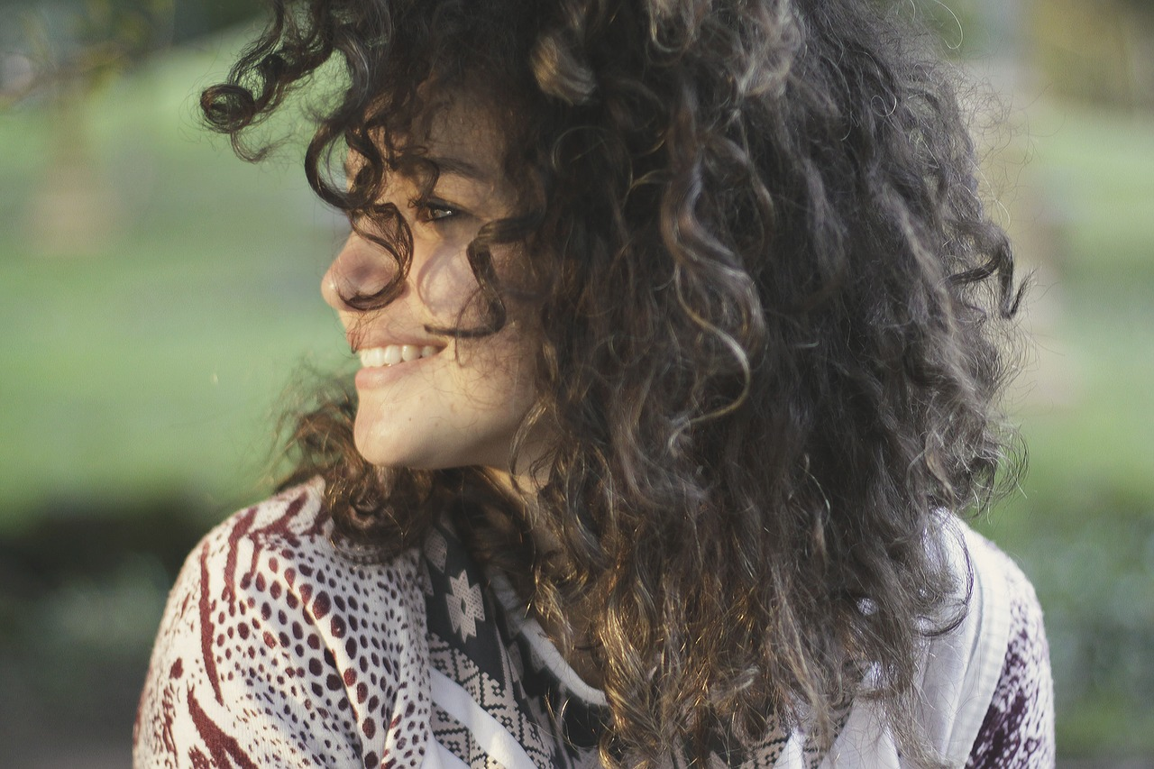 Vlasové hnojivo jako řešení vypadávajících vlasů
